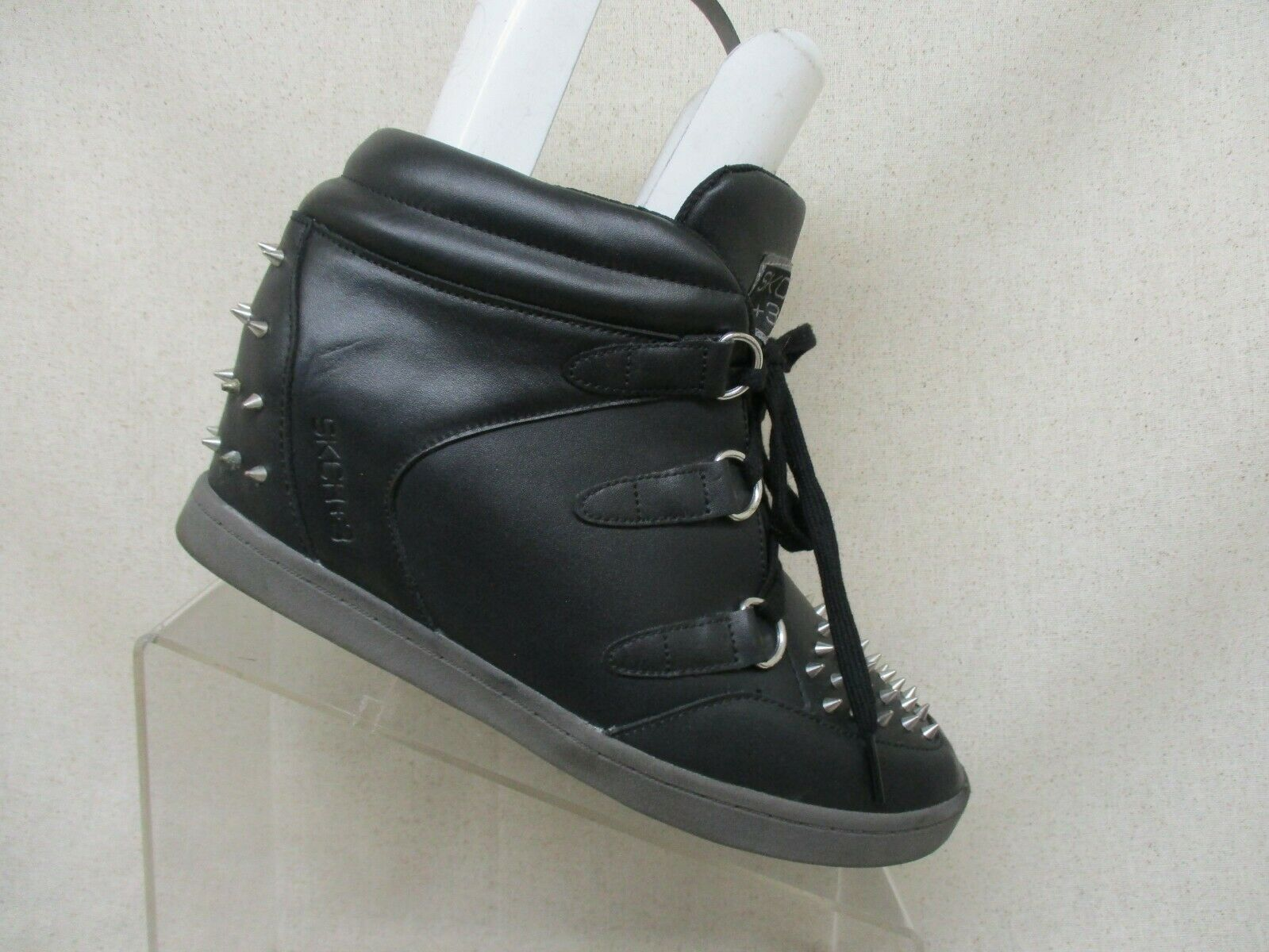 Skechers Black Leather Studded Spiky Spiky Spiky Lace Up Hidden Wedge Ankle Boots Size 9.5 M d4ea4e