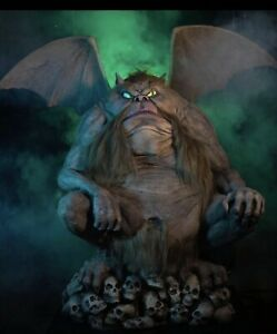Talking Animated Gargoyle Belches Fog & Bubbles With Moving Eyes (thd)