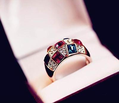 2015 Luxury Women Colourful Rhinestone Crystal Finger Dazzling Ring Jewelry TIAU