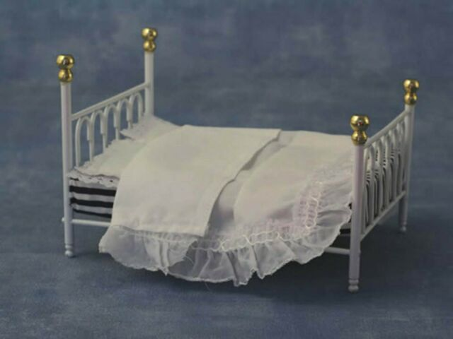 Dolls House White Wire Wrought Peacock Bed Miniature 1:12 Bedroom Furniture