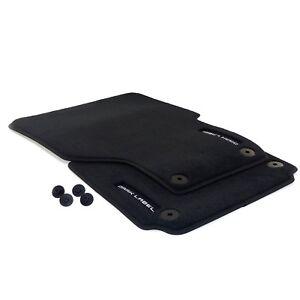 Fussmatten-034-Dark-Label-034-VW-Amarok-2H-original-Premium-Automatten-Velours-vorn