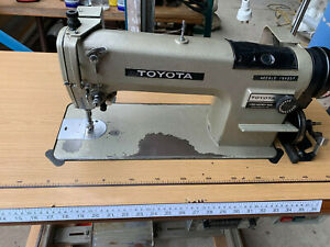 INDUSTRIAL TOYOTA LS2-AD157 SEWING MACHINE