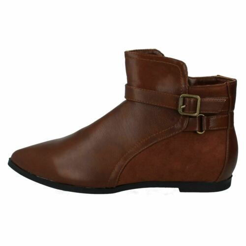 Sale Now £4.99 Ladies spot on ankle boots in Taupe and brown F4R363