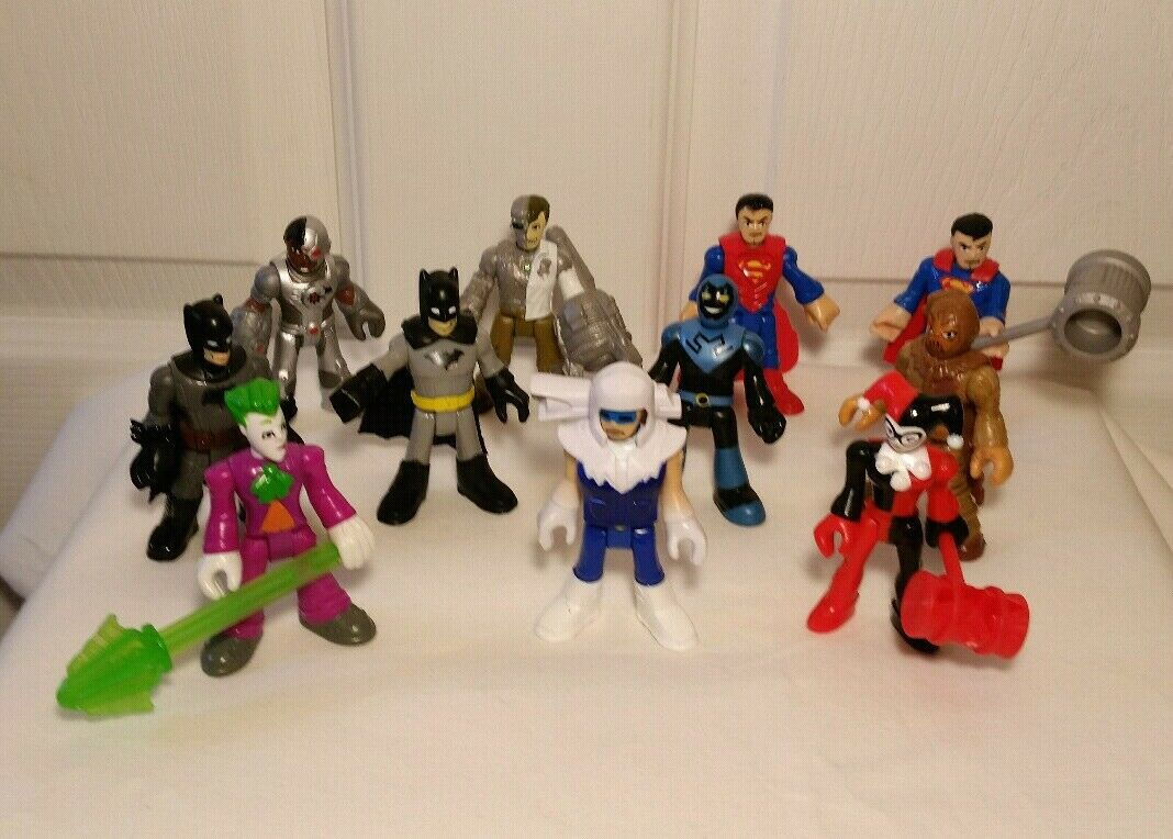 DC COMICS action figures lot of 11 all different 3 inch figures