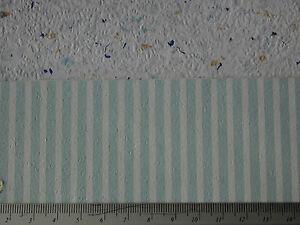 Pastelltuerkis-weiss-gestreifte-TAPETE-fuer-PUPPENSTUBE-Bogen-30x53cm