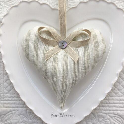 1 Susie Watson gris ivoire à rayures Lavande Filled tissu cœur gris à fines rayures