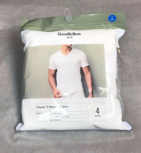 T-Shirts 4 Pack 100/% Cotton **New** Goodfellow /& Company Classic V-Neck S.S