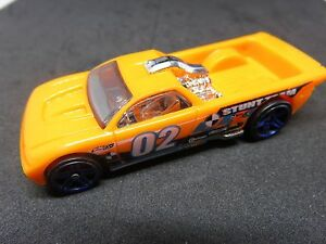Hot-wheels-Bedlam-stunt-team-orange-2003-Mattel-hotwheels