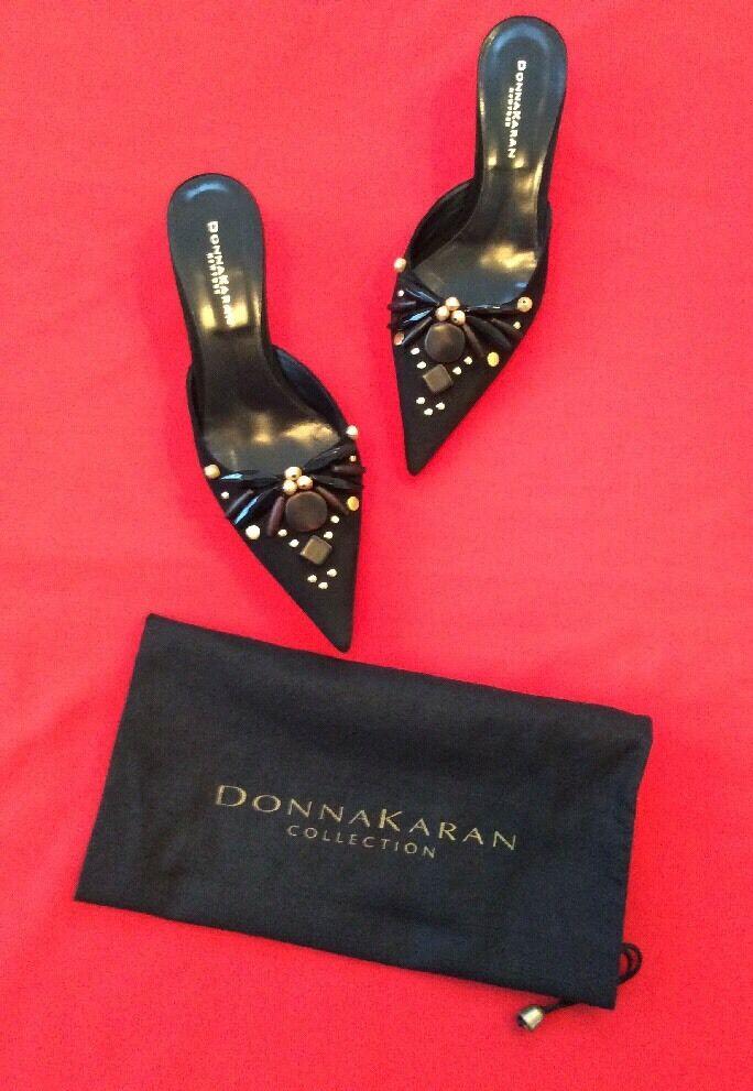 NIB Authentic women Karan Collection Mules shoes   9 1 2