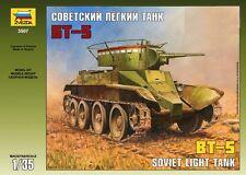 q Zvezda 3507 - Soviet Light Tank BT-5   (Scala 1/35)