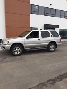 Nissan Pathfinder (Safety Inspected)  3200$