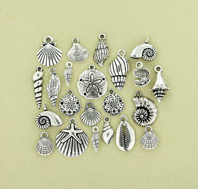 15 Tiny Key Charms Antique Silver Tone SC1544