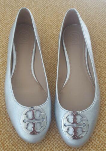 Sz 7.5 M Tory Burch Claire Ballerina Flat Silver