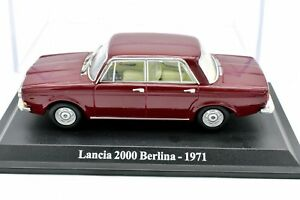 Model-Car-Spear-2000-Scale-1-43-Diecast-Classic-Vehicles-Modellcar-Red