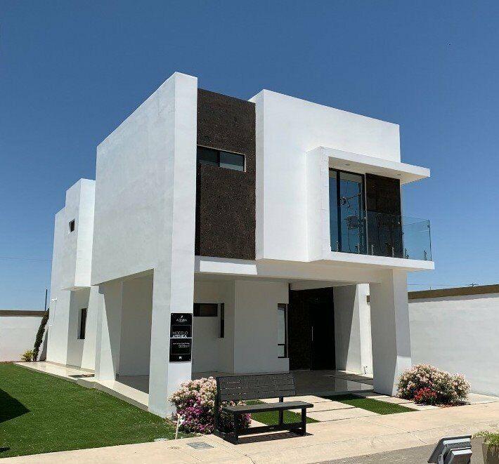 Amplia Casa con terreno excedente en Venta en Altaria Residencial