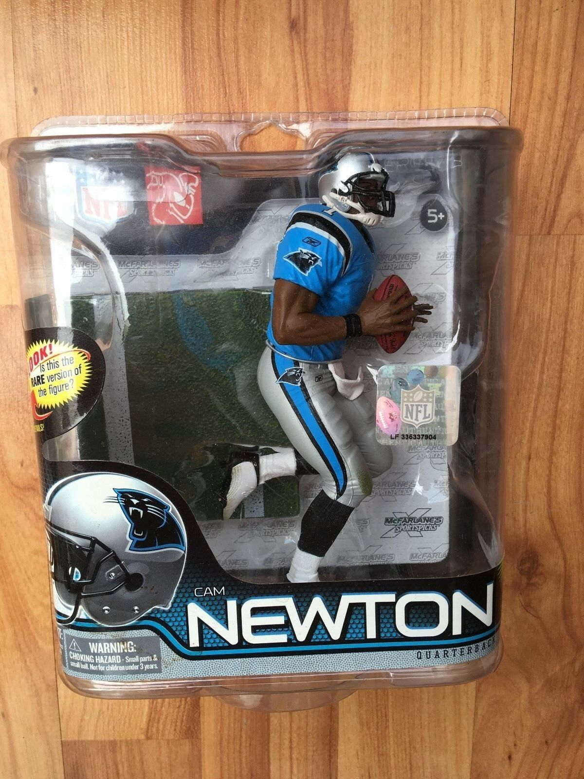 BNIB MCFARLANE AMERICAN FOOTBALL NFL 28 SERIES CAM NEWTON FIGURE PANTHERS