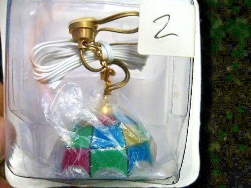 Couleur Lightshade AVEC AMPOULE ET CABLAGE Miniature Dollhouse DH10 non testé