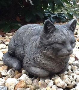 Katze Liegend Tierfigur Steinguss Katzen Gartenfigur Statue