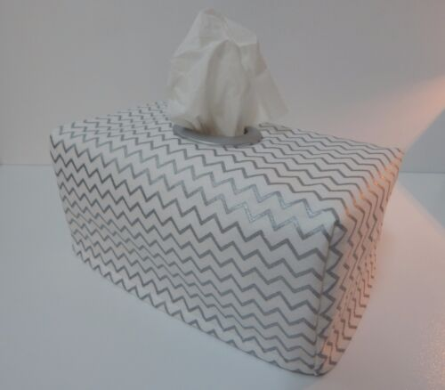 Lovely Gift Silver Metallic Mini Chevron Tissue Box Cover With Circle Opening