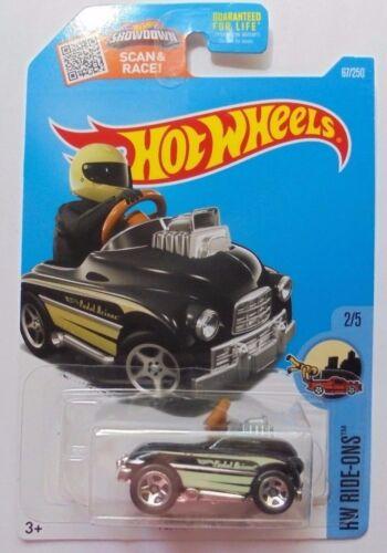 2016 Hot Wheels HW RIDE-ONS 2//5 Pedal Driver 67//250 Black Version