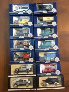 LLEDO-Days-Gone-World-Collectors-Club-Series-models-FORD-CHEVY-MACK-PACKARD-AEC