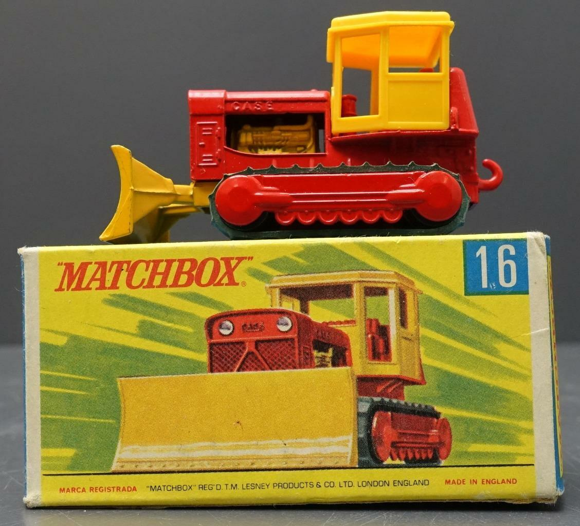 MATCHBOX Lesney red yellow Case Tractor 16 NEW in BOX