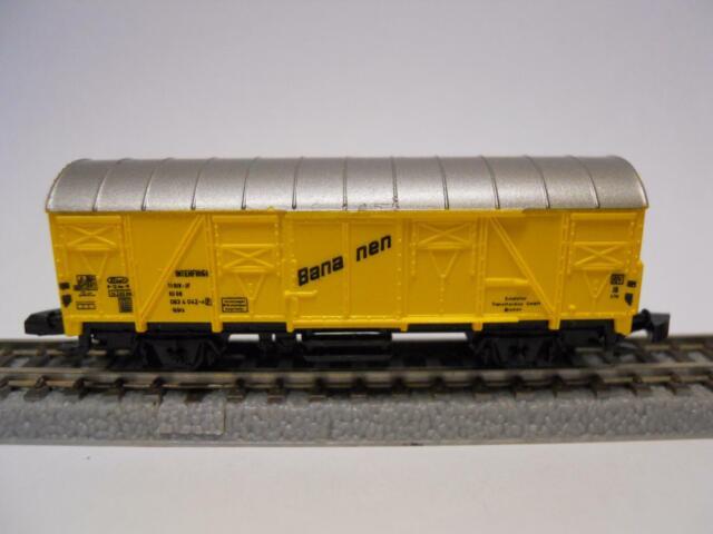 MÄRKLIN MINICLUB 8606 gedeckter Güterwagen BANANEN (36224)