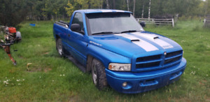 2000 dodge ram 1500 regular cab short box
