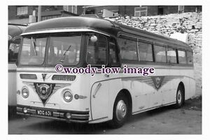ab0057-Black-amp-White-Coach-Bus-WDG-631-to-Ilfracombe-photograph-6x4