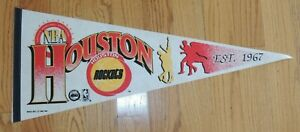 NEW-1992-TRENCH-VINTAGE-DEADSTOCK-HOUSTON-ROCKETS-PENNANT-FULL-SIZE-BASKETBALL