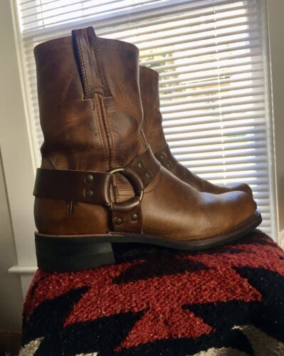 Frye Harness Engineer boots 9.5 mens