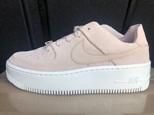 nike air force 1 sage low femme beige