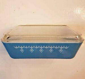 PYREX Refrigerator Dish Snowflake Blue no. 0503 1.5 Quart + Ribbed Glass Lid
