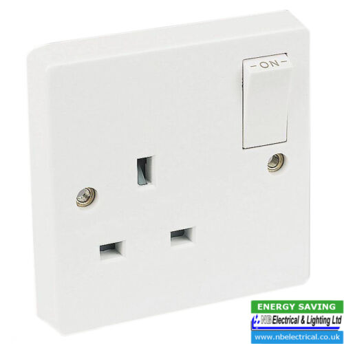 CRABTREE 4304//D WHITE 1GANG 13A SWITCHED SOCKET DP **PACK OF TEN**
