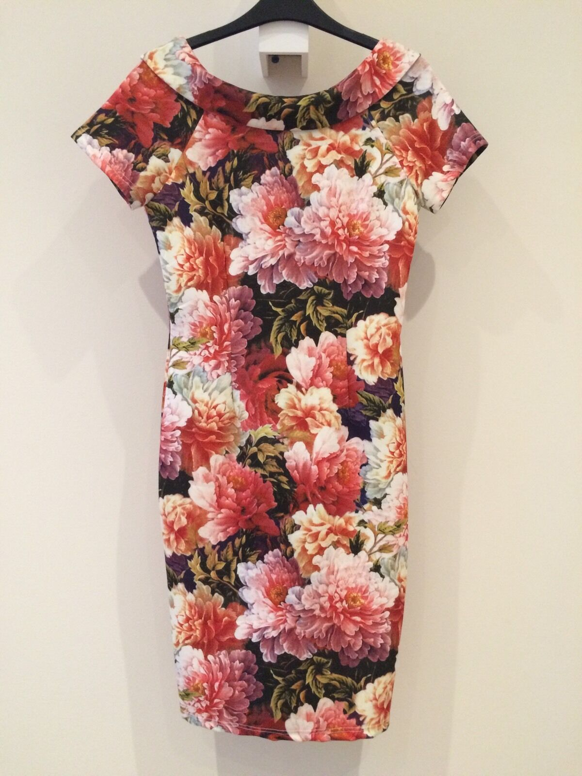 Floral ASOS   PAPER DOLLS Midi Dress Size 8 RRP