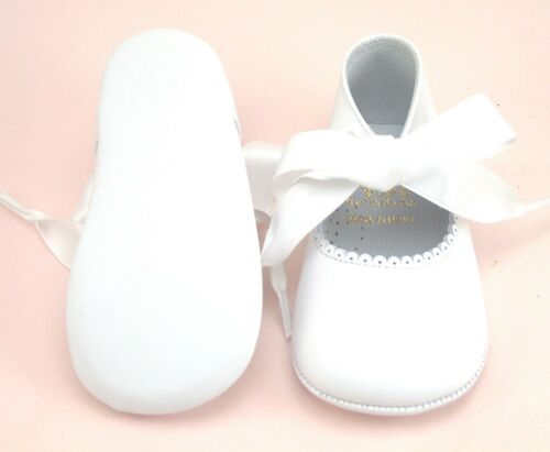 Size 0-4 Baby Girls/' Euro White Leather Dress Pram Crib Shoes DE OSU PR-229