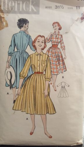 1950s Butterick 8427 Size 11 Rockabilly 50s Junior Teens Soft Shirtdress B 31.5
