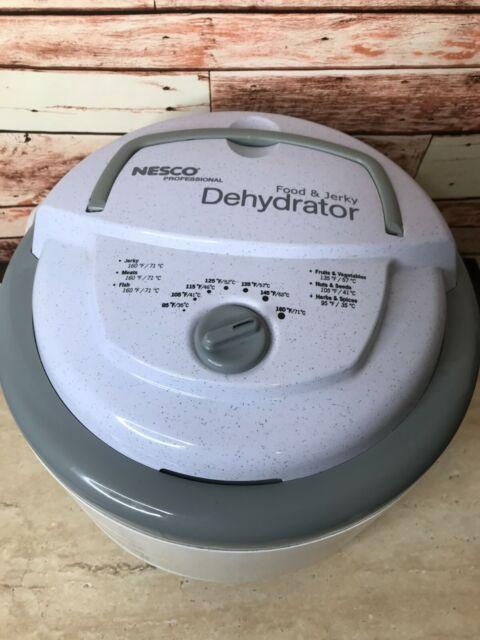 NESCO FD-75PR 5-Tray Food Dehydrator