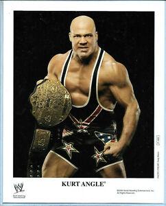 WWE-KURT-ANGLE-P-1092-AUTHENTIC-LICENSED-8X10-PROMO-PHOTO-VERY-RARE