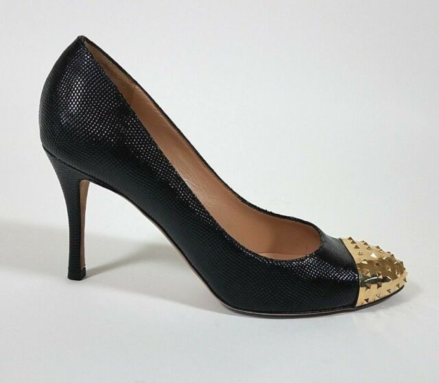 cd00e07b39a VALENTINO Black Textured Leather Gold Studded Rockstud Heels Shoes - size 38    8