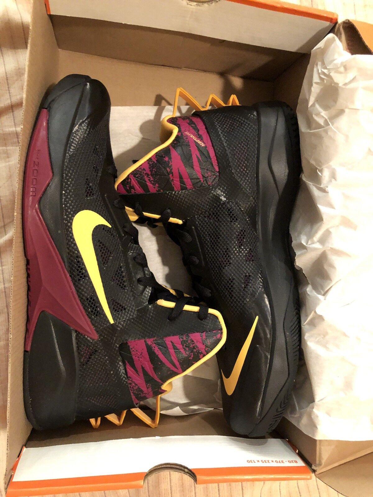 Nike Zoom Hyperfuse 2013 Men's Basketball shoes Size 11.5 (BLACK orange RED)