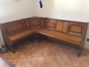 Tavolo con panca angolare in legno massiccio, ottime ...