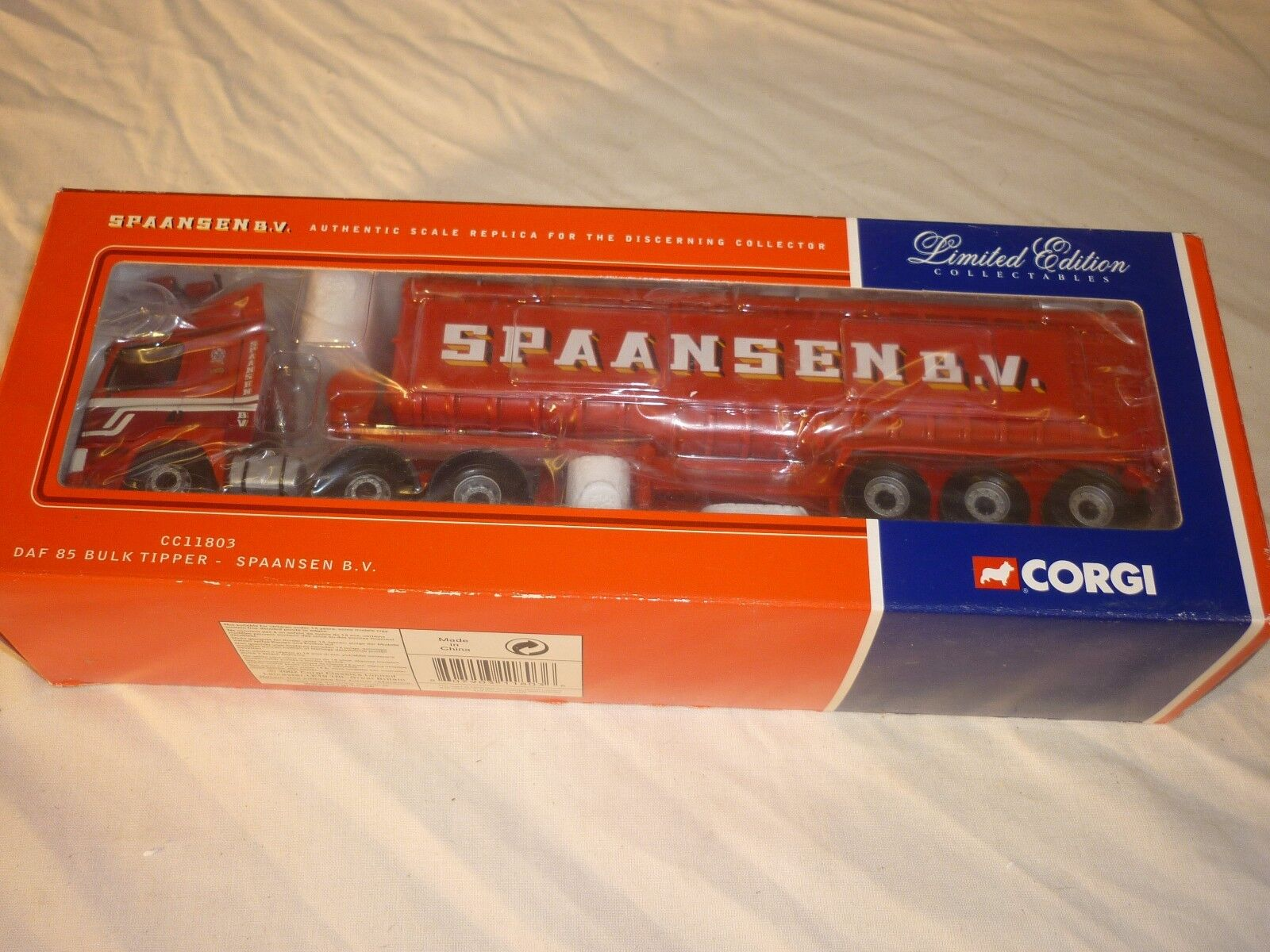 CORGI CC11803, DAF 85, CON MASSA Tipper, spaansen Segue