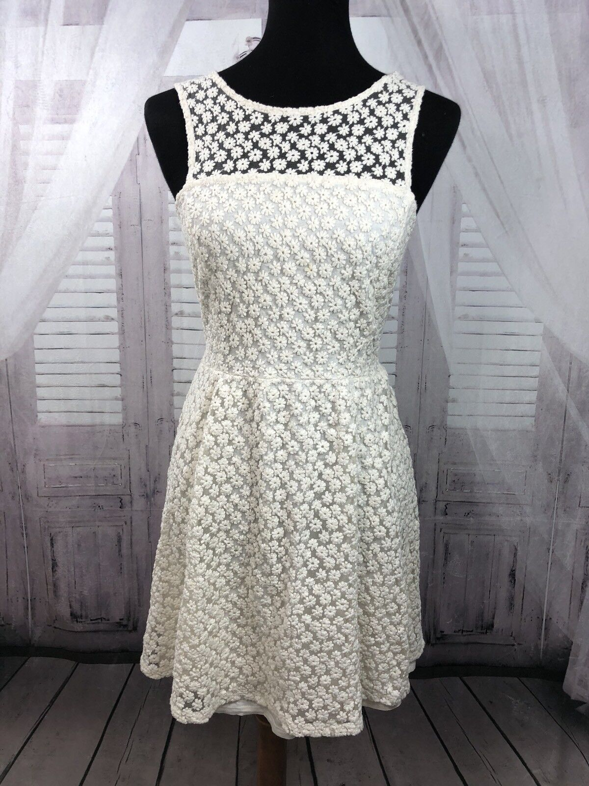 Ella Moss Fit and Flare Dress Floral Lace Overlay Ivory Sz Medium