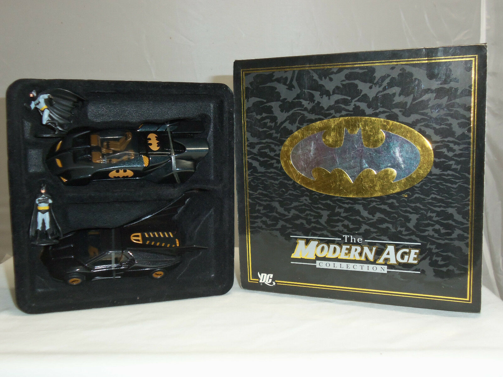 Corgi us77343 batman moderne batmobil auto dc comics abbildung geschenkset