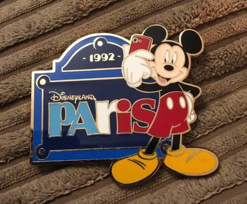 Metal Disneyland Paris Mickey Mouse 1992 Commemorative Fridge Magnet Brand New
