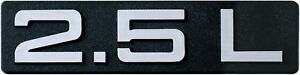 Auto-3D-Emblem-Relief-Schild-2-5-L-2-5-Liter-HR-Art-14508-selbstklebend-11-cm