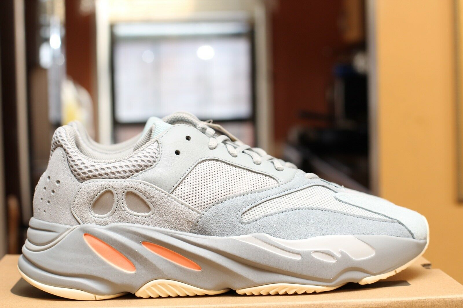 1dcd85fa754d3 ADIDAS YEEZY BOOST 700 700 700 INERTI SIZE 10.5 DS 100% AUTHENTIC EG7597  KITH REC