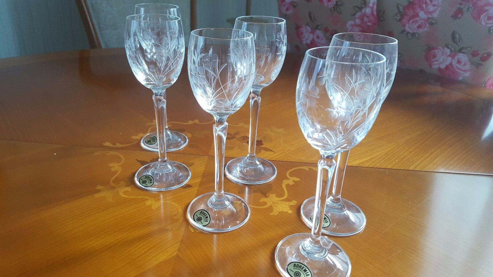 Bohemia Czechoslovakia hand made 6 liqueur verres Set