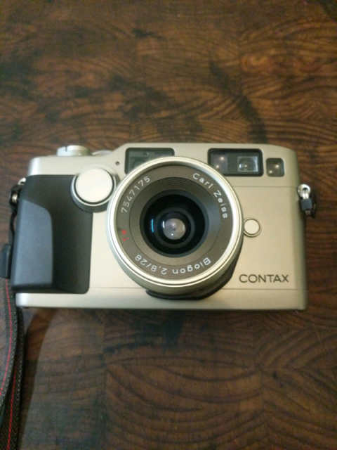 Contax G Series 28mm f2.8 lens for Contax G1 G2 excellent condition